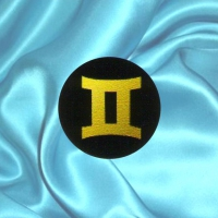 Пластинка для сотового телефона знак зодиака Близнецы