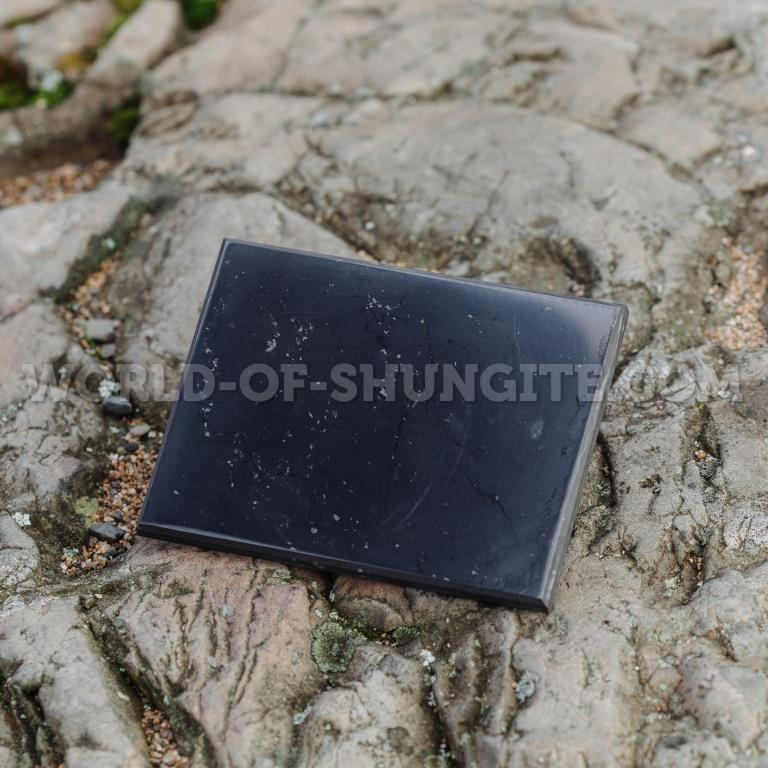 Плитка шунгитовая полированная 9х12cm