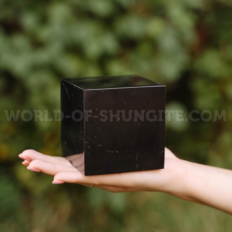 Куб шунгитовый полированный 10 см