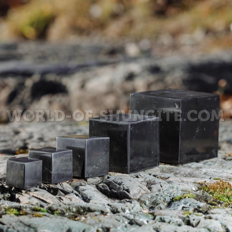 Куб шунгитовый полированный 15 см