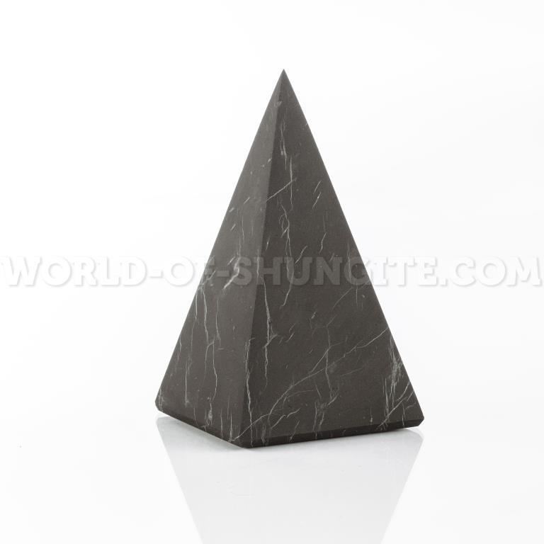 Пирамида Голода неполированная из шунгита 5см