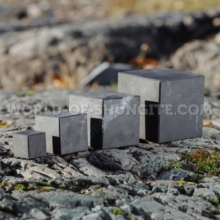 Куб шунгитовый неполированный 9 см