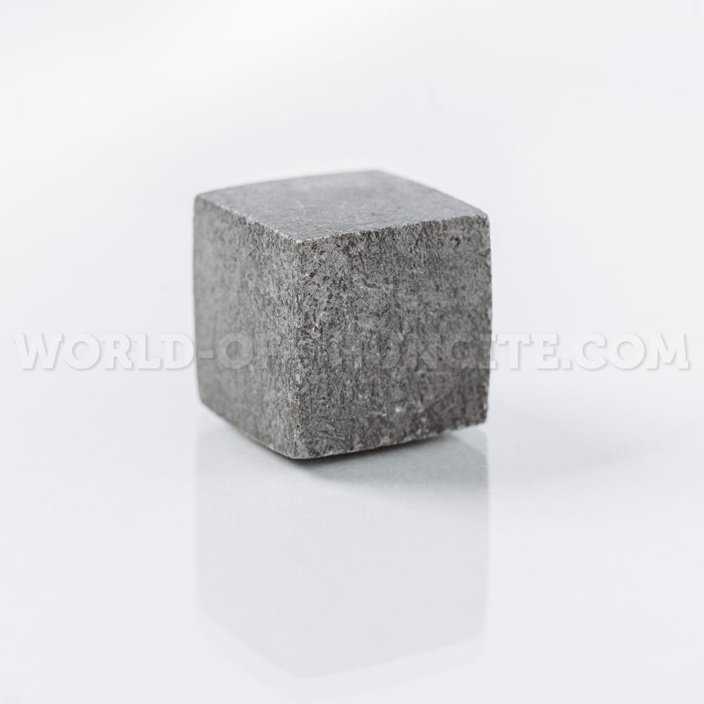 Кубик для виски полированный из стеатита (талькохлорита)