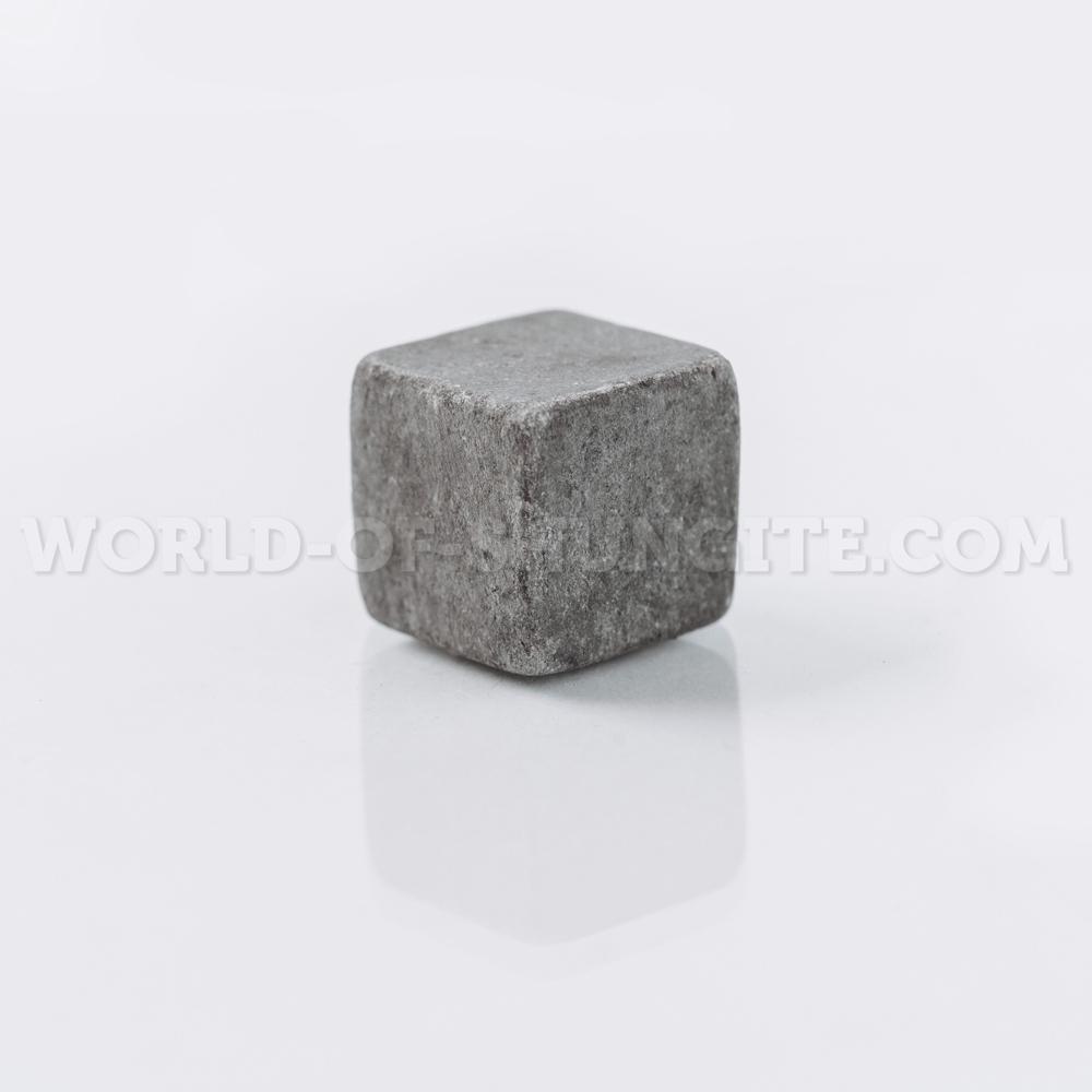 Кубик для виски неполированный из стеатита (талькохлорита)