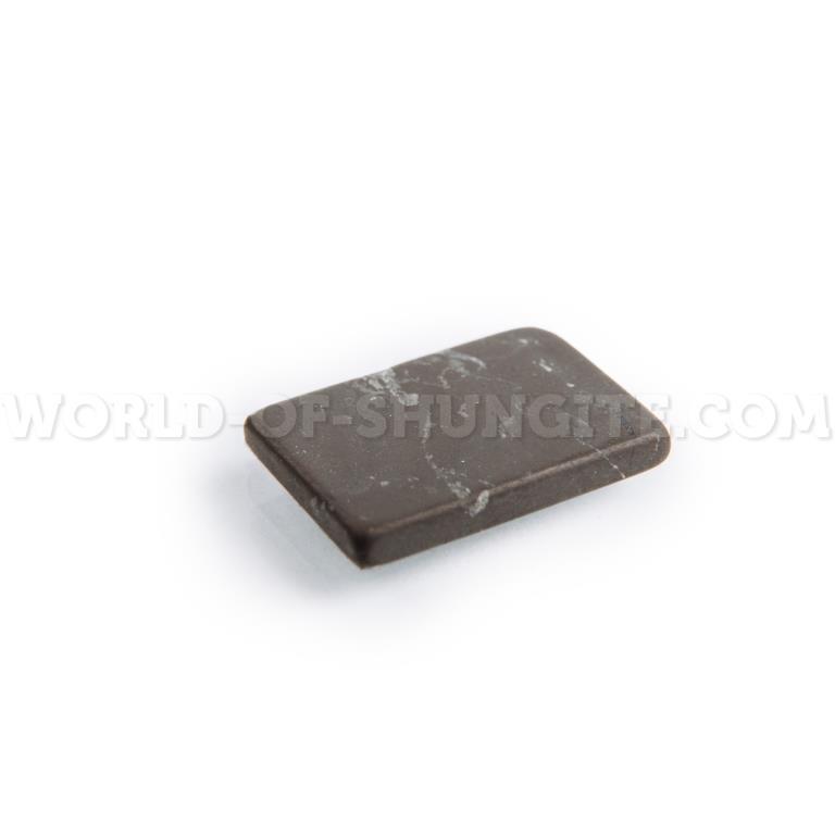 Пластинка для сотового телефона неполированная прямоугольная 21x15 мм  из шунгита.