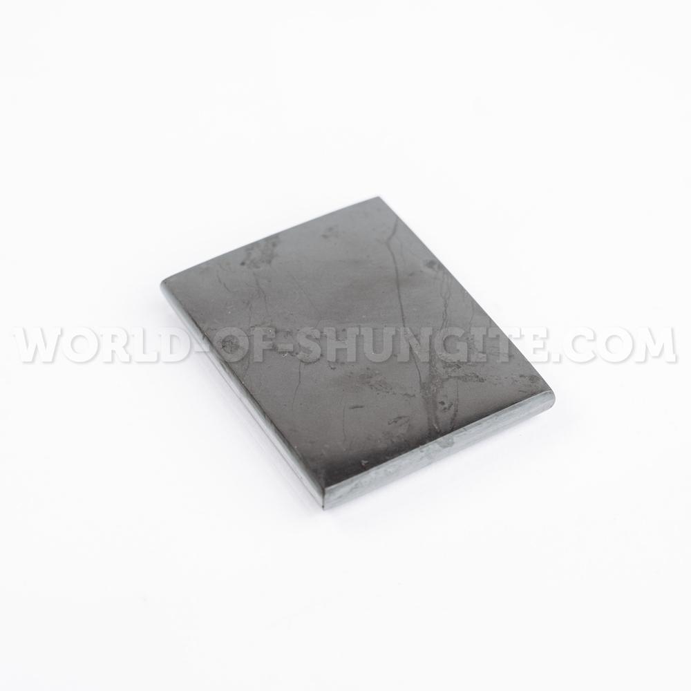 Пластинка полированная на магните 40х50 мм из шунгита с индивидуальной лазерной гравировкой